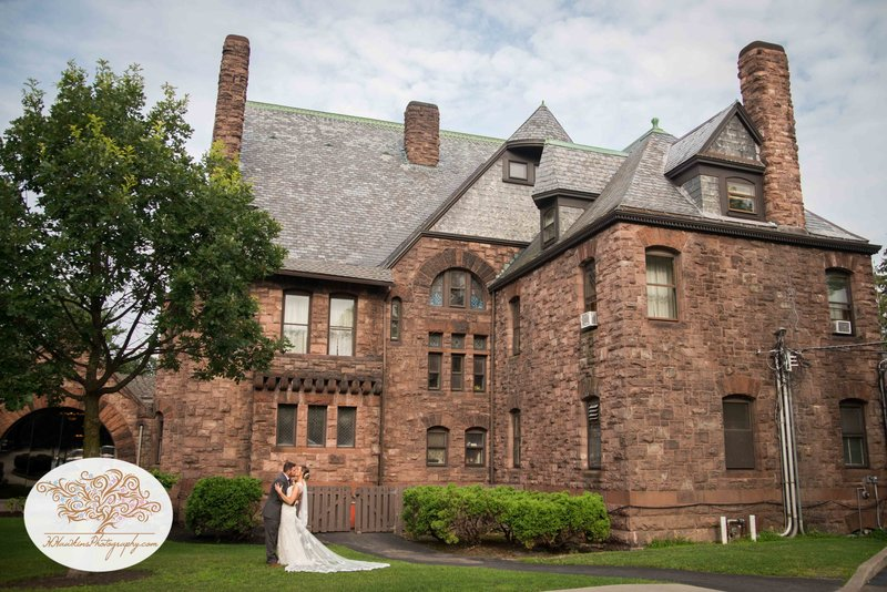 Belhurst Castle Pictures Geneva NY Syracuse Wedding Photographer-49