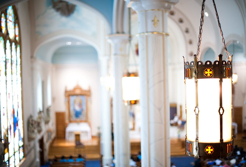 St Mary's Cathedral Fargo weddings by Kris Kandel (3)