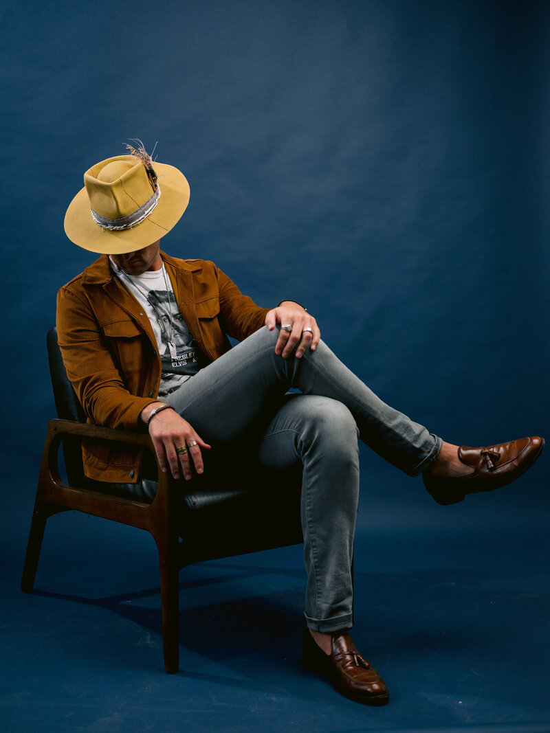 gps-personal-styling-aspen-hatter-hat-denim-jacket-grey-jeans-loafers
