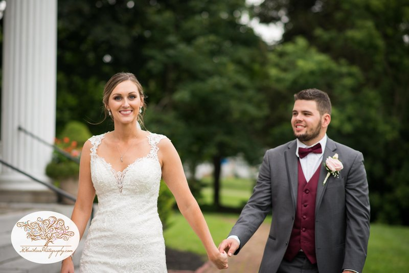 Belhurst Castle Pictures Geneva NY Syracuse Wedding Photographer-48