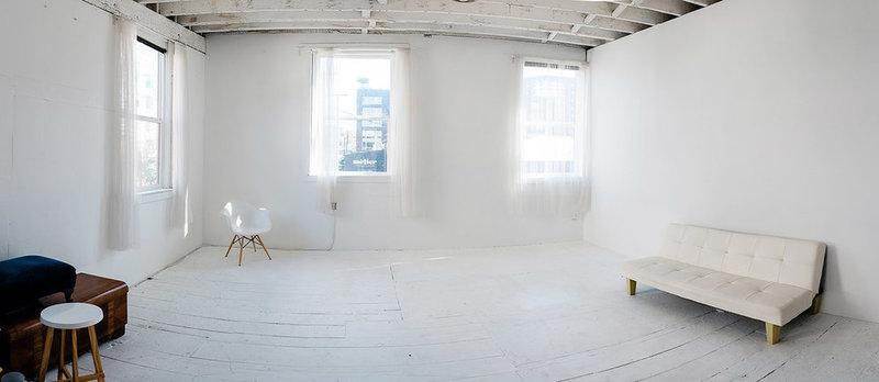 Seattle Daylight Photo Studio to Rent