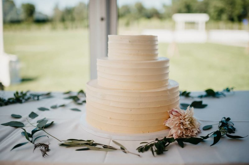 tabor-hill-winery-wedding-rose-gold-florals
