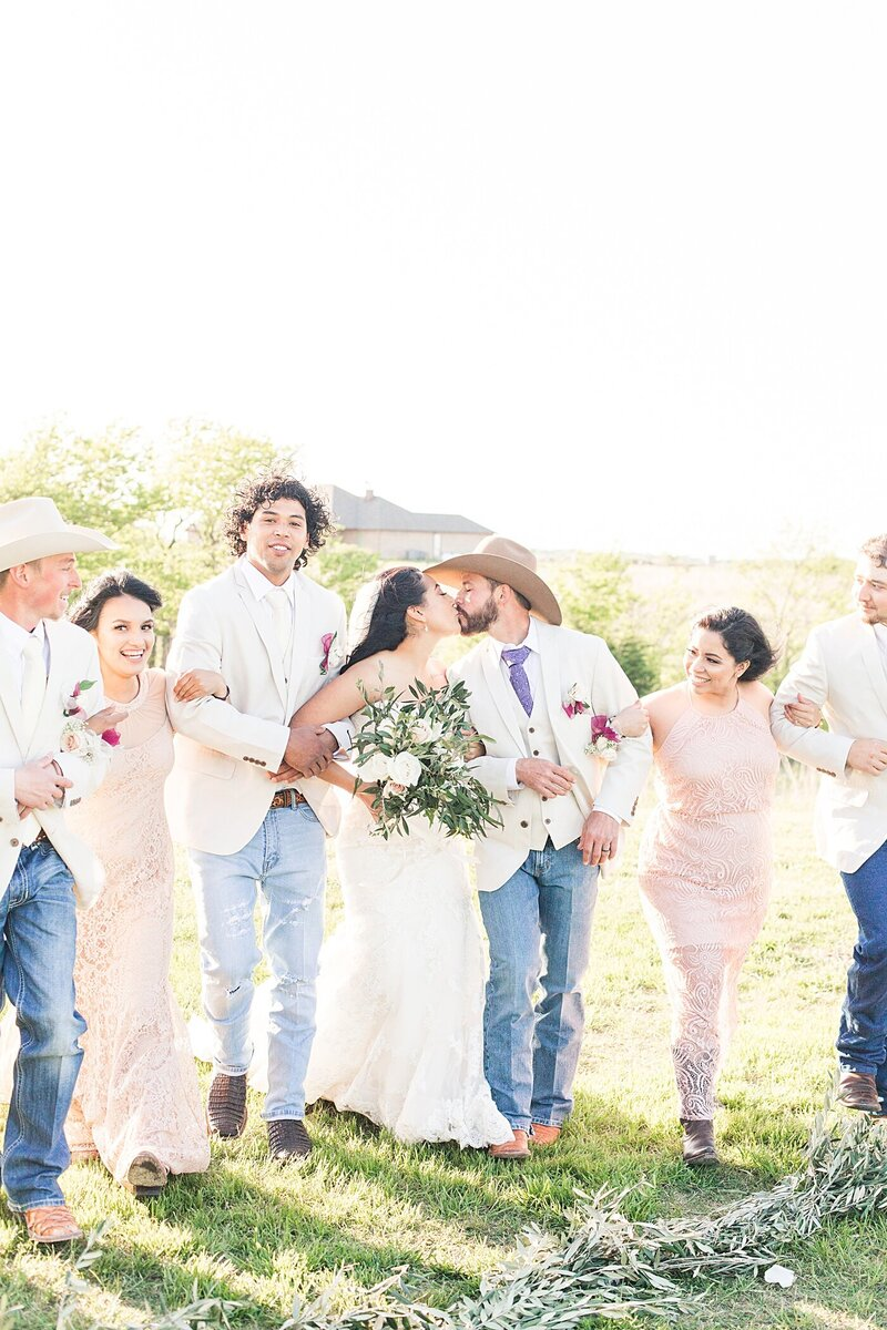Austin-Texas-Barn-Wedding24