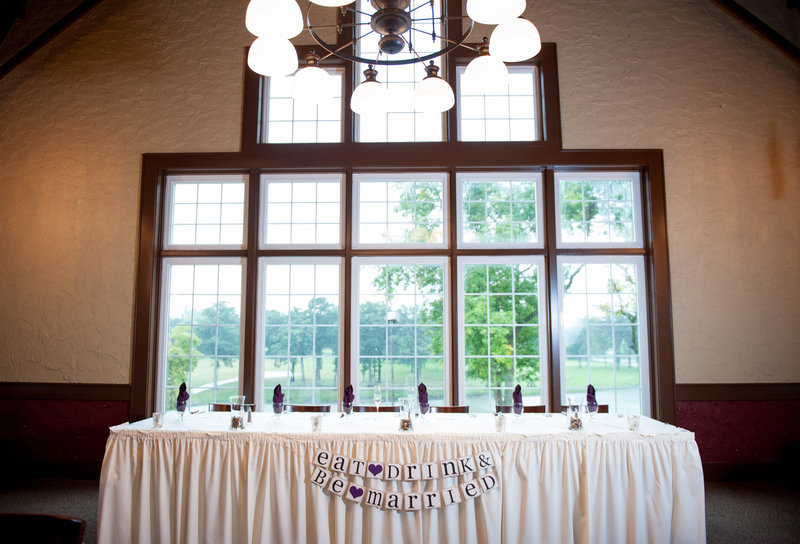 Oxbow Country Club Fargo Wedding Venue photographer Kris Kandel (4)