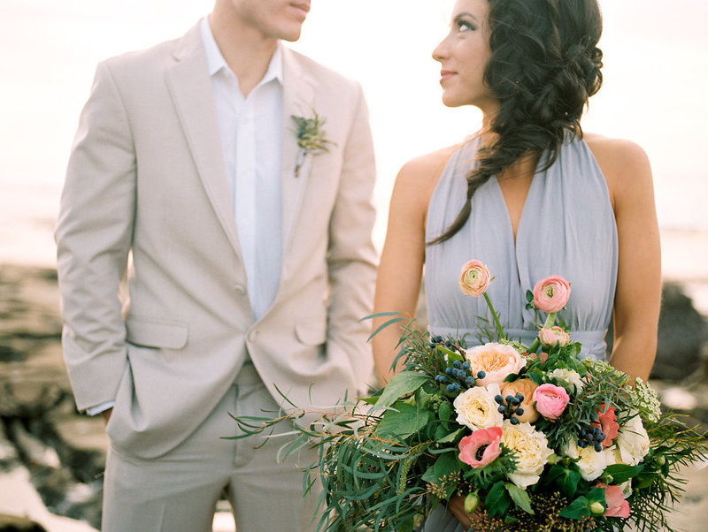 reneehollingsheadphotography_natural_coastal_wedding_inspiration-230