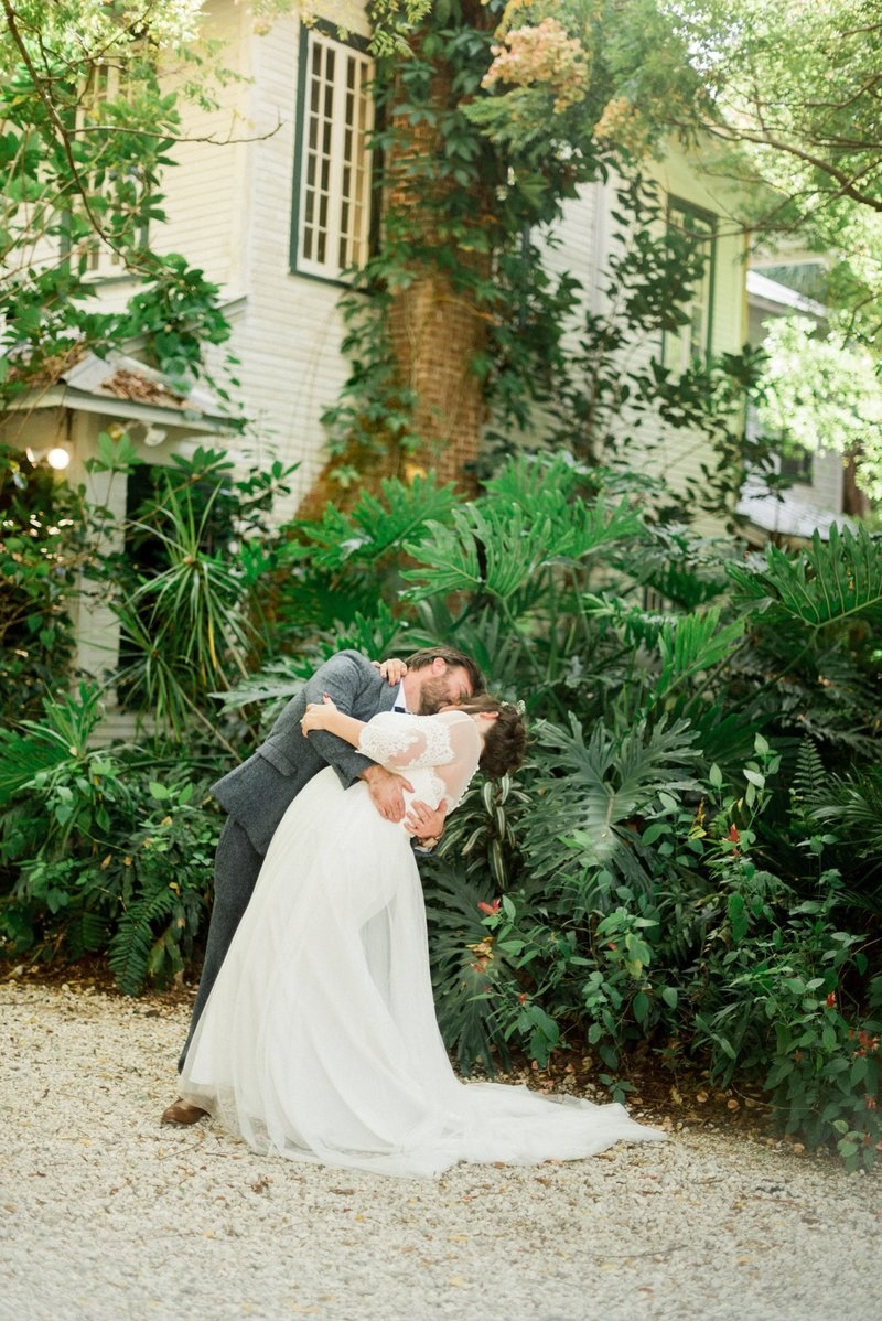 waldos secret garden - garden wedding - vero beach wedding - tiffany danielle photography (2)
