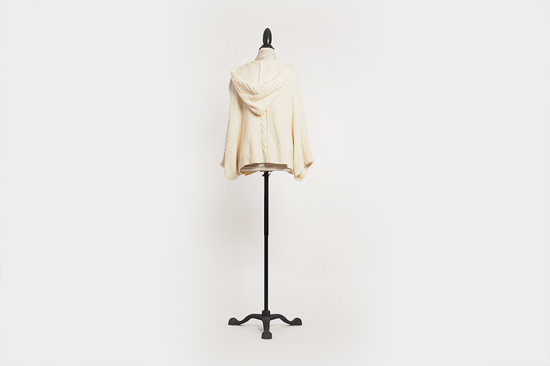anthroplogie-knit-cape-cream-05