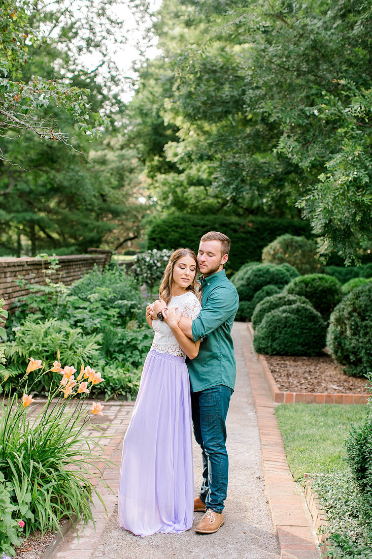 Engagement-Session-Henry-Clay-Estate-Lexington-Kentucky-Photo-by-Uniquely-His-Photography093