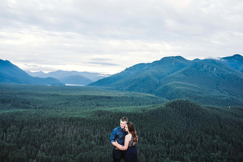Eivind+Elyse_Engagement_Rattlesnake_lake_ridge_Seattle_Photographer_Adina_Preston_Weddings_204