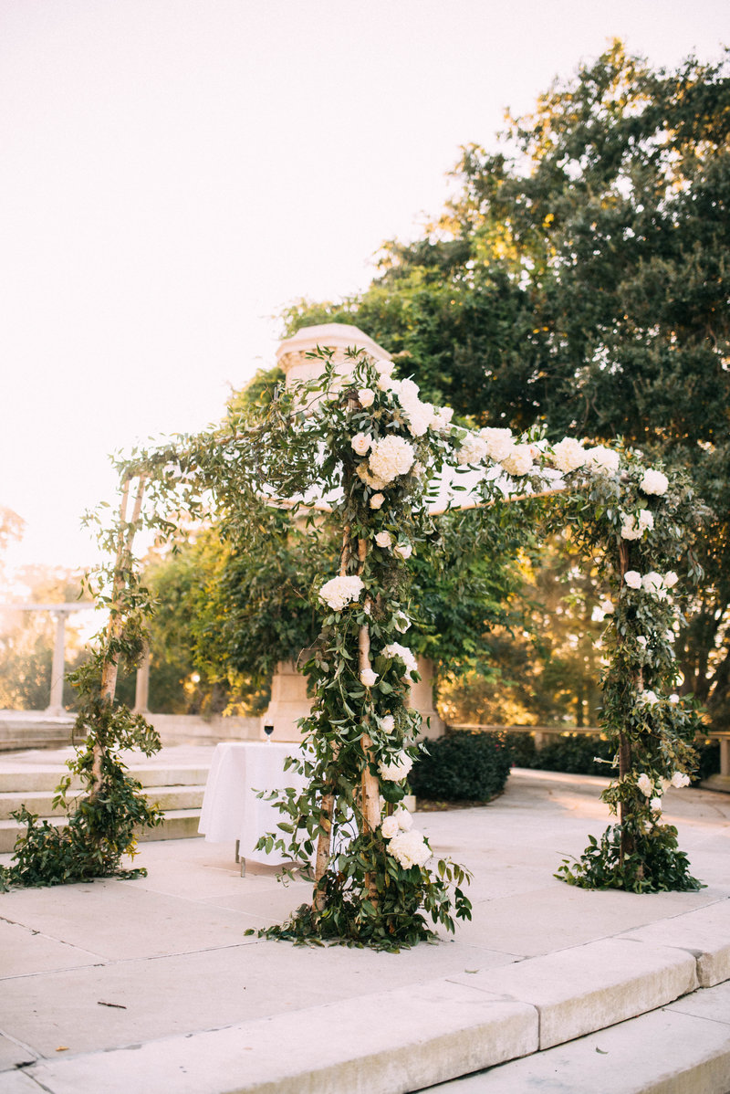Chelsea + Chandler-New-Orleans-Wedding-Popp-Fountain-Arbor-Room_Gabby Chapin_Print_0361