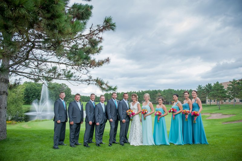 Thumper Pond Wedding Photography by Fargo Photographer Kris Kandel (6)