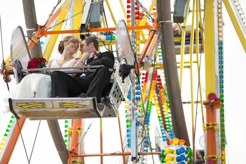 Ferris Wheel Wedding Pictures