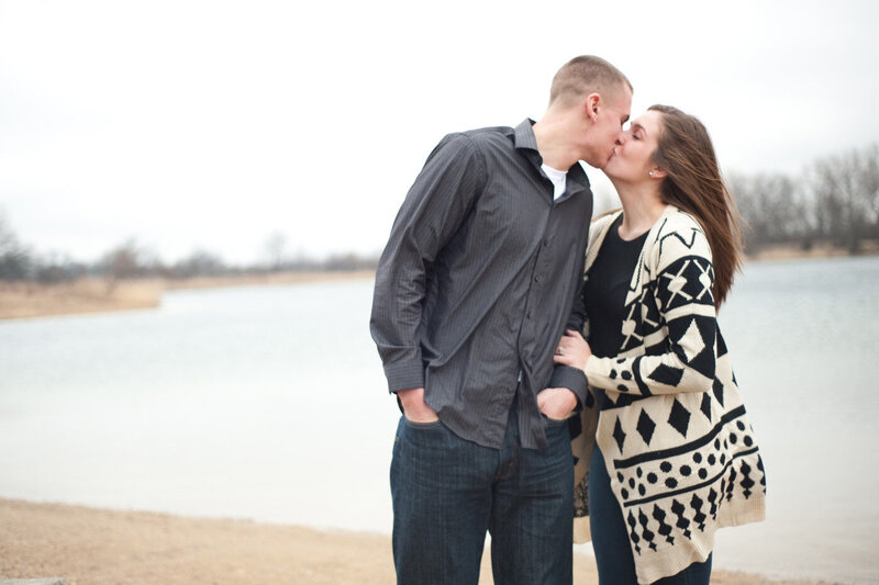 Crystal-Lake-Chicago-Engagement-Photographer27