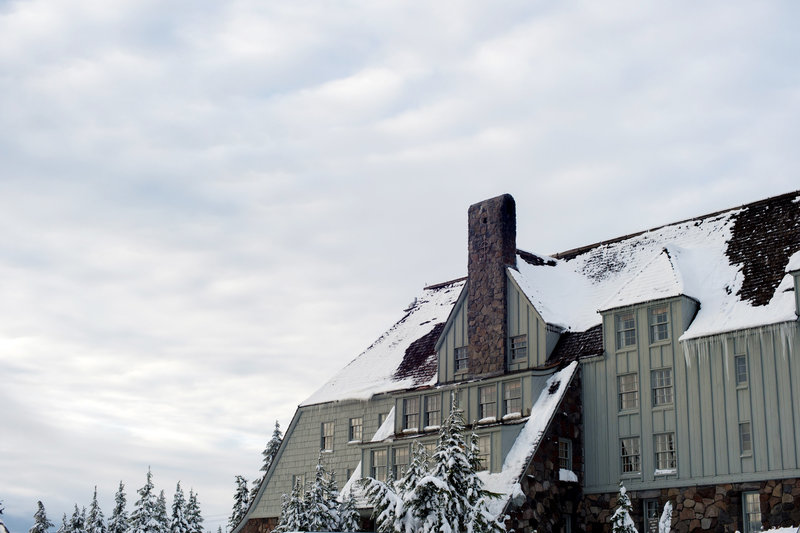 Crystal Genes Photography TIMBERLINE LODGE WEDDING161126-161207