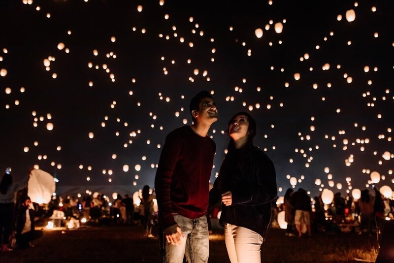 poconos-lantern-festival-engagement-photography-6