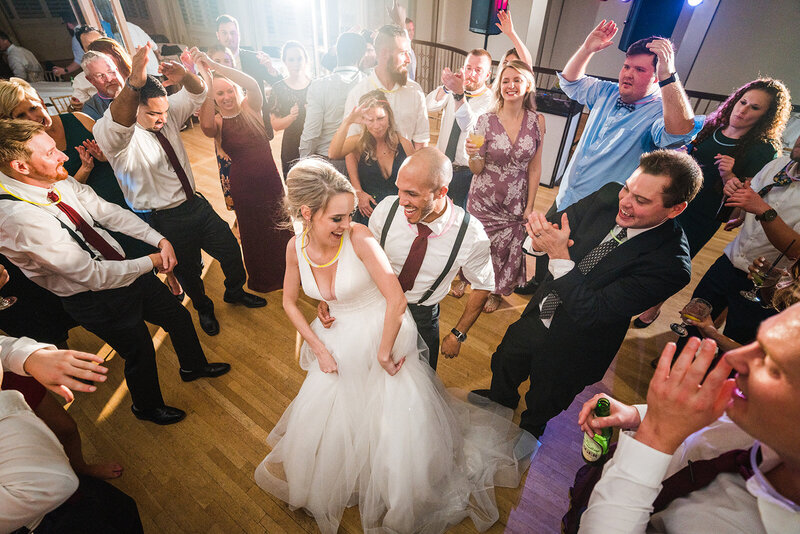Bride & groom in the middle of dance floor | Lesner Inn | Virginia Beach