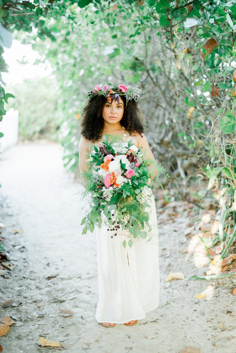 Vero Beach Wedding Photographer _ Vero Beach Wedding _ Beach Wedding _ floral crown _ beach bride _ tiffany danielle photography (13)