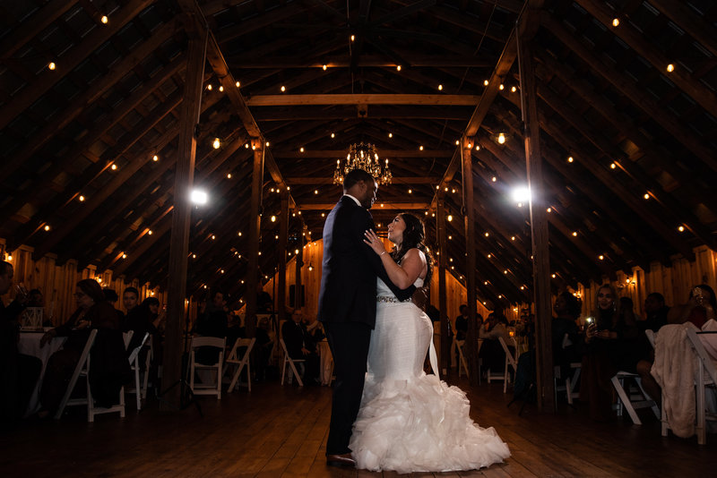 2019_High_Res_Wedding_Lauren_and_Jordan-2