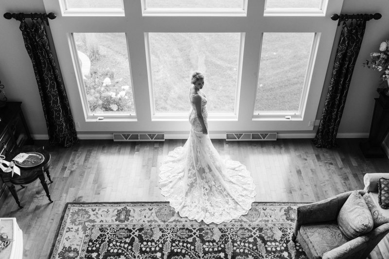 15-Wisconsin-Classic-Country-Club-Catholic-Wedding-James-Stokes-Photography