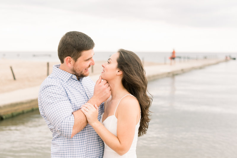 Iowa-wedding-photographer-mississippi-pearl-photography-downtown-chicago-lakeshore-engagement-session