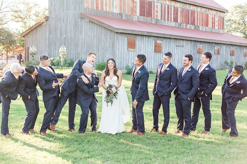 Eagle Dancer Ranch in Boerne Texas Wedding Venue photos by Allison Jeffers Photography_0047