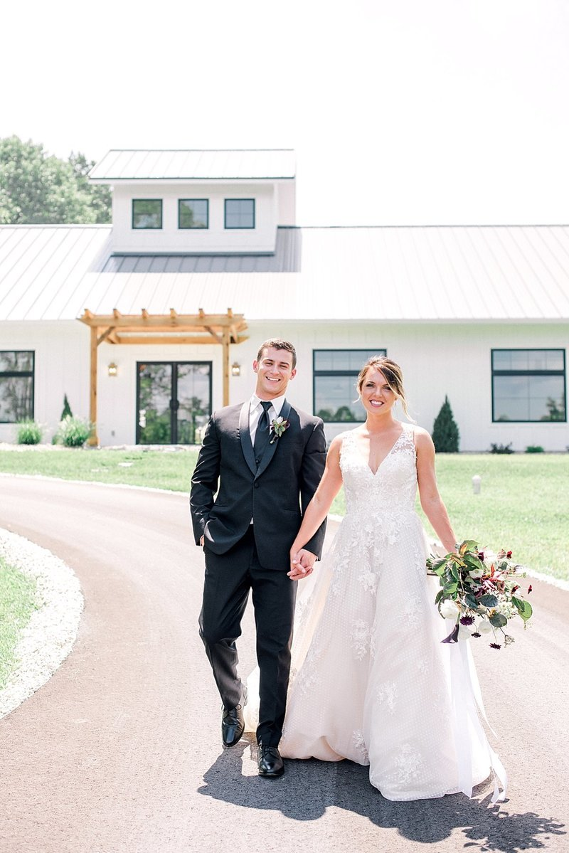 Bloomington_Indiana_The_Wilds_Wedding_Event_Venue_Modern_Farmhouse_Weddings_140