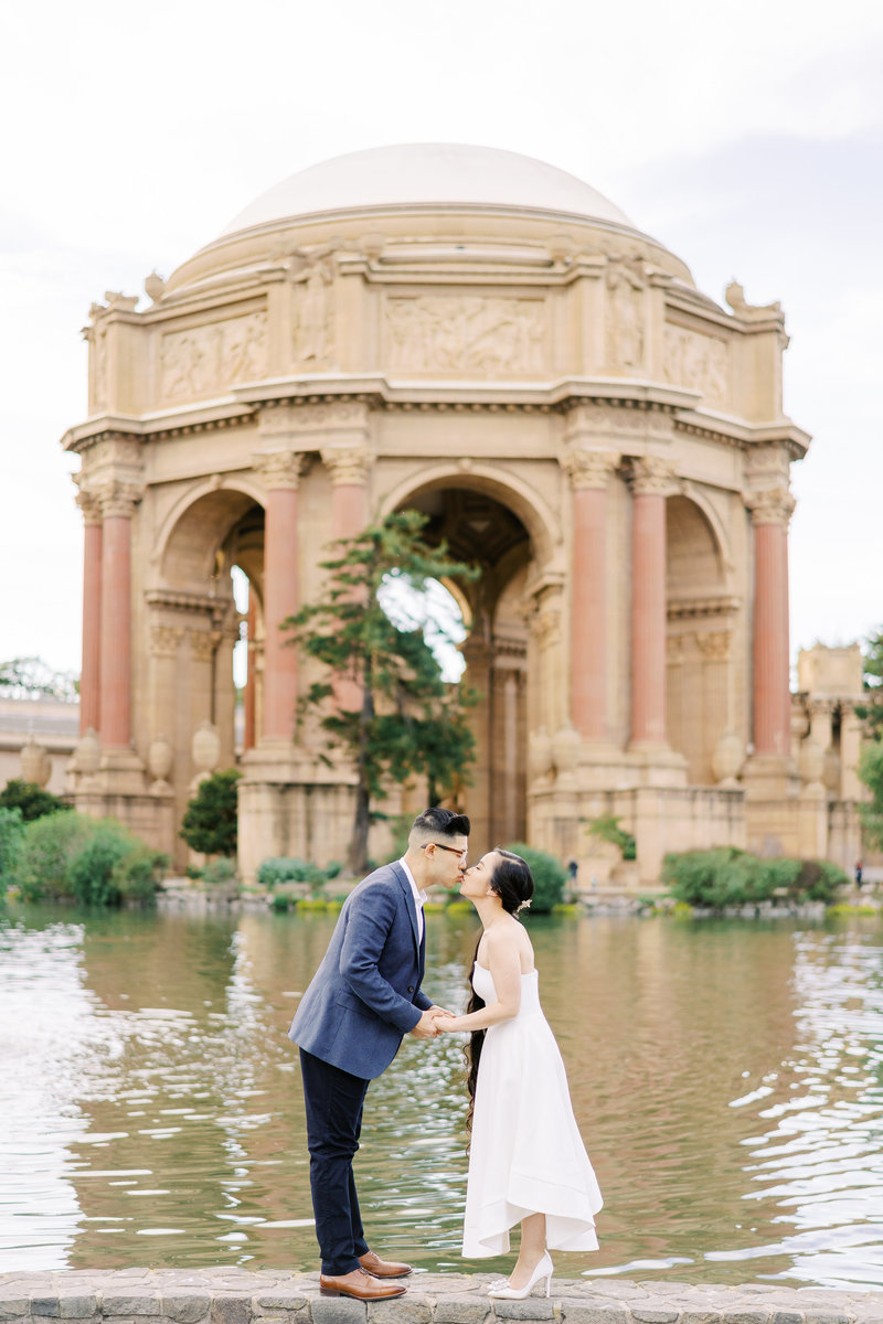 Palace_Of_Fine_Arts_San_Francisco_Engagement-13