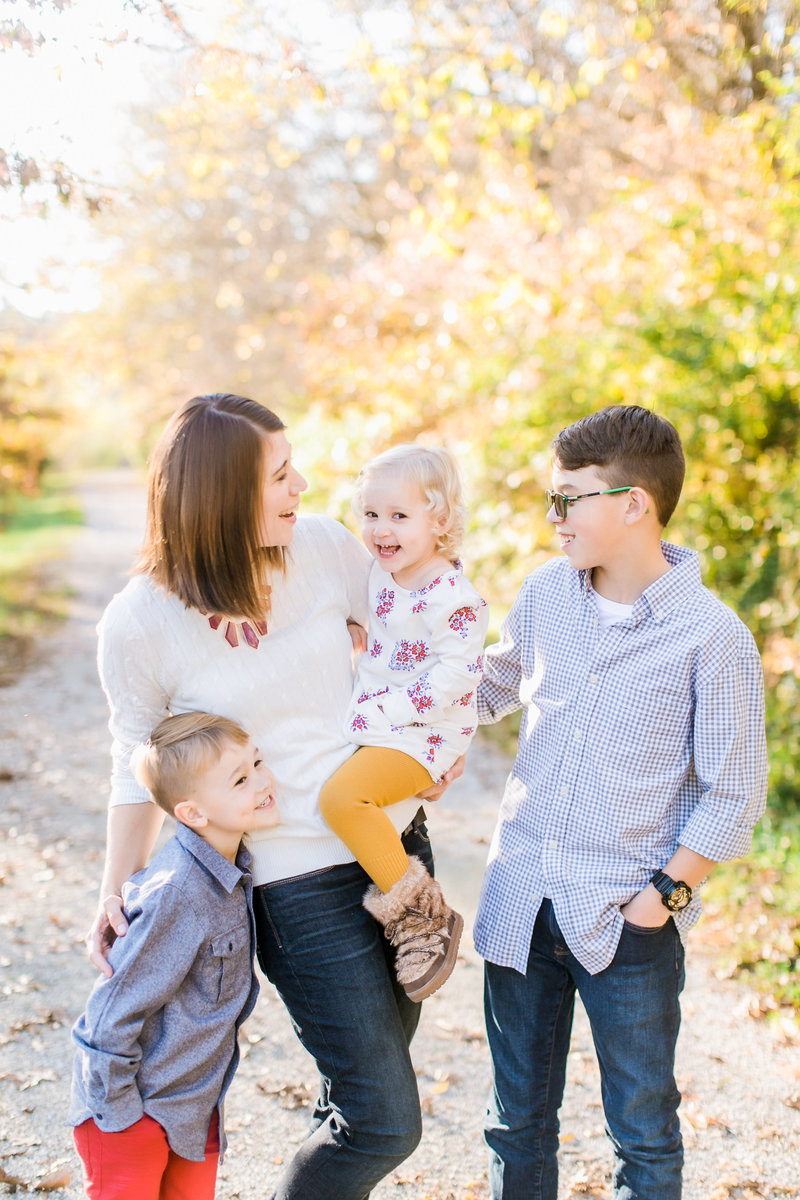 ColumbiaMissouriFamilyPortraits_GuillotteFamily_CatherineRhodesPhotography-12