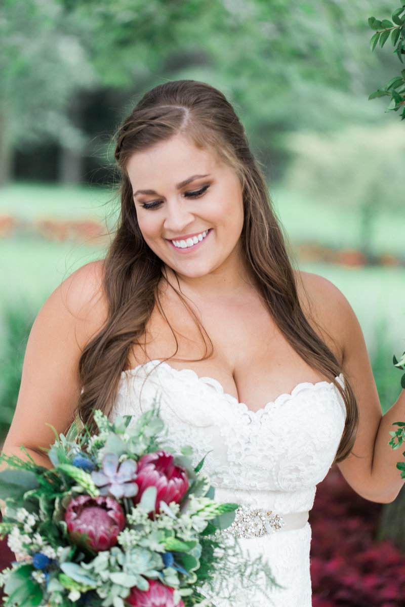 White Pines Golf Club Chicago bridal portrait