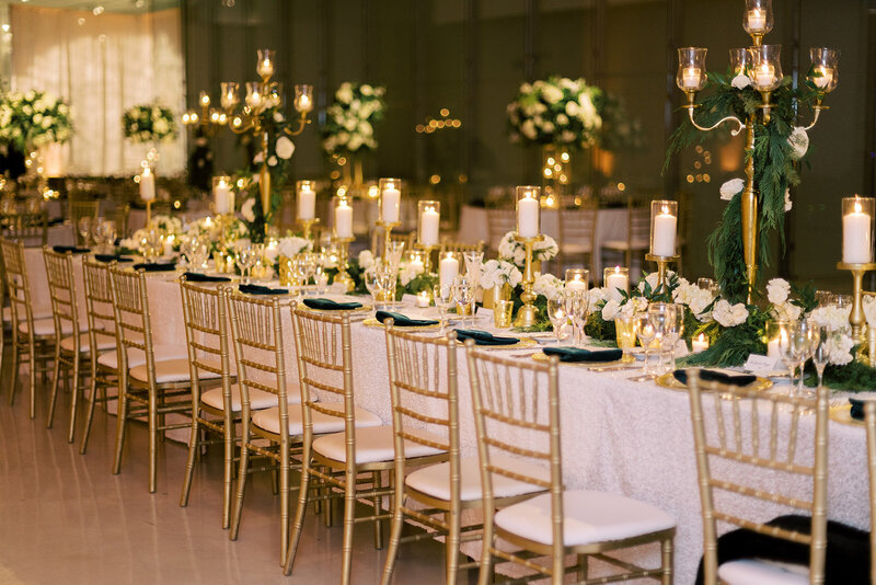 29-Venue-Six10-Wedding-table-garland