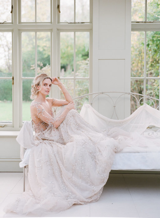 Molly-Carr-Photography-Paris-Film-Photographer-France-Wedding-Photographer-Europe-Destination-Wedding-Cotswolds-England-23
