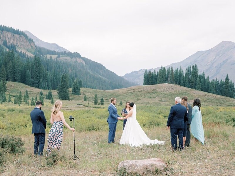 Joyful and Playful Wedding in Crested Butte_0011