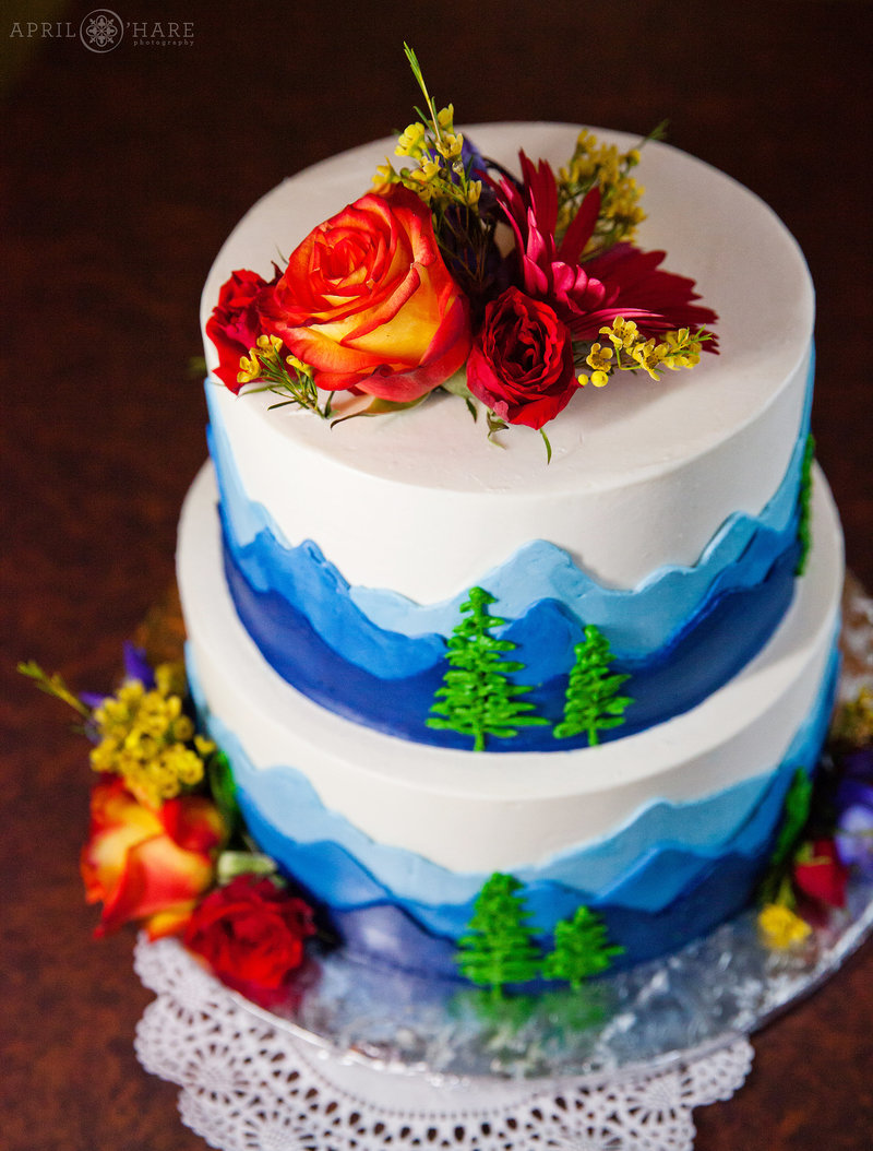 Colorado-Wedding-Vendors-Directory-Blue-Moon-Bakery-Dillon-Colorado-7
