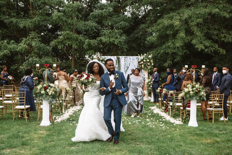 Mei Lin Barral Photography_elegant romantic massachusetts backyard wedding-285