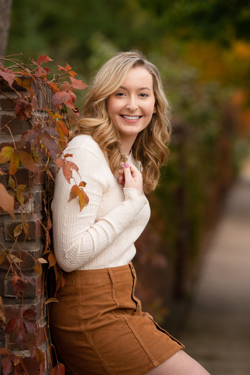 Eau-Claire-Wisconsin-Eliza-Porter-Photography-Highschool-Seniors-Girl-fall-DSC_9044-Edit
