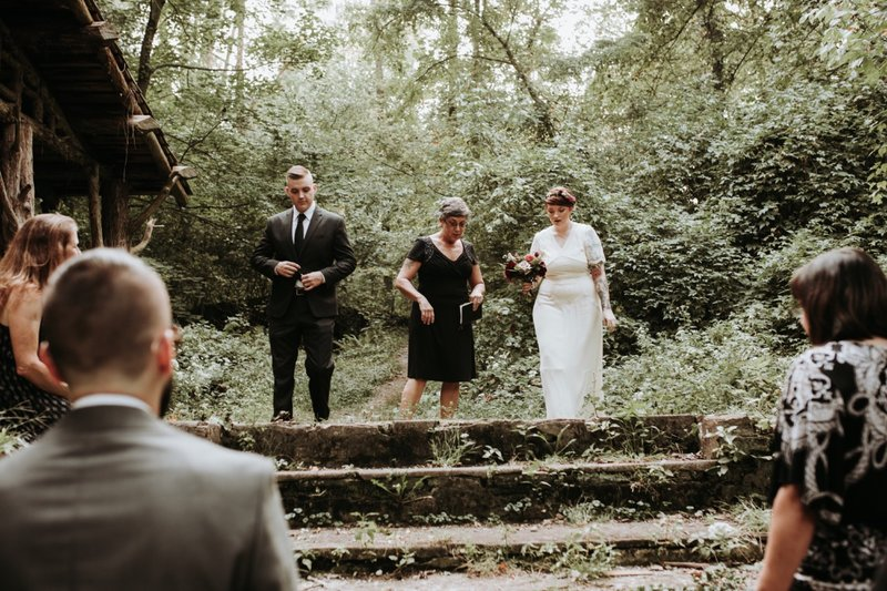 forest-elopement-cincinnati-wedding-photography-12