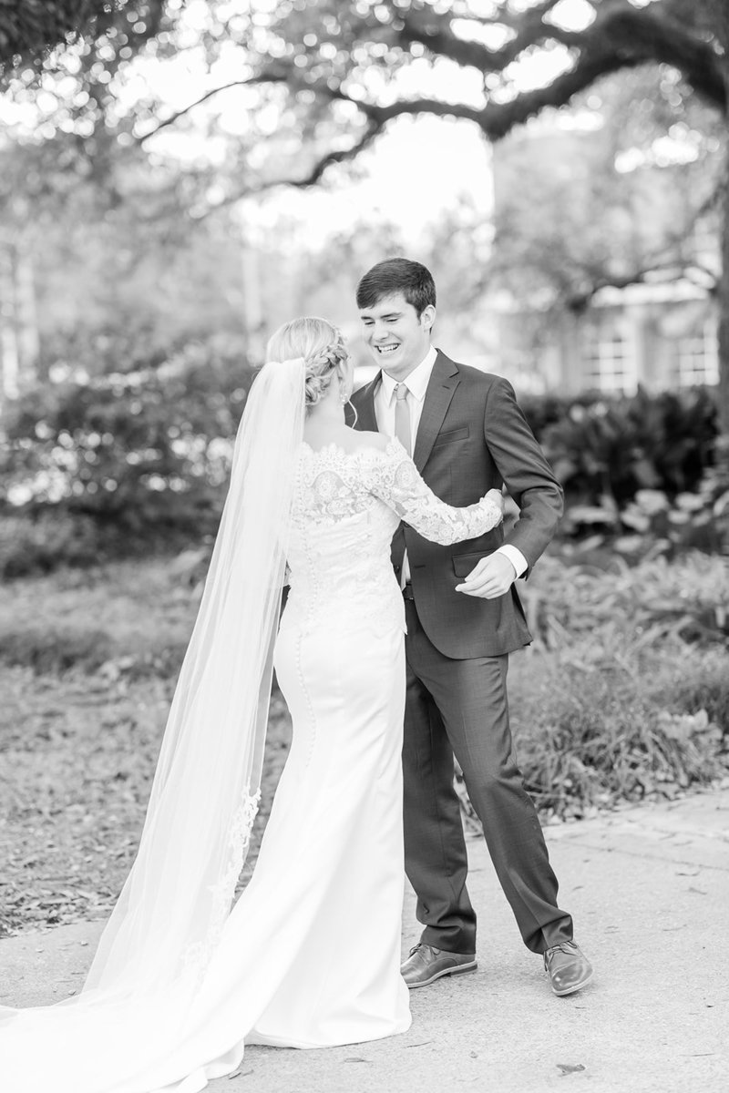 The-Grand-Opera-House-Crowley-Louisiana-Wedding_17