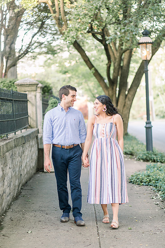 AMBER-DAWSON-PHOTOGRAPHY-COVINGTON-KENTUCKY-ENGAGEMENT-SESSION-0003
