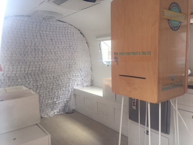Airstream-open