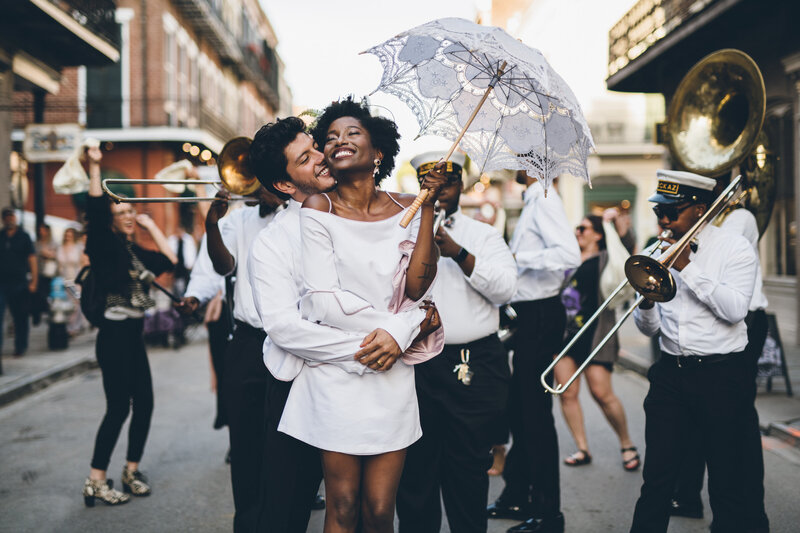 29-New-Orleans-Wedding-couple