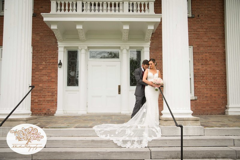 Belhurst Castle Pictures Geneva NY Syracuse Wedding Photographer-44