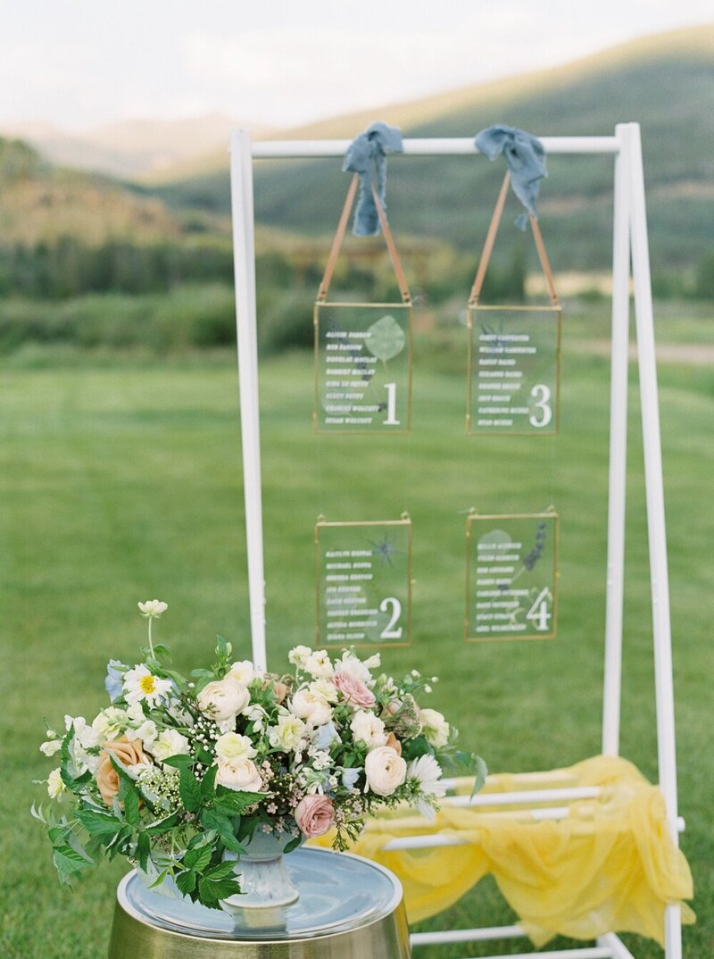 Refined and Organic Wedding in the Heart of Colorado_0013