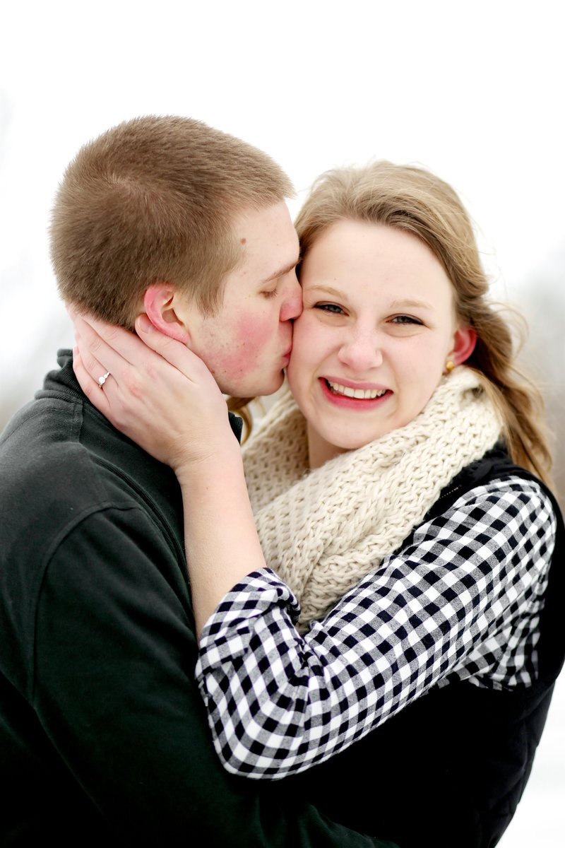 Minnesota Winter Engagement Picture