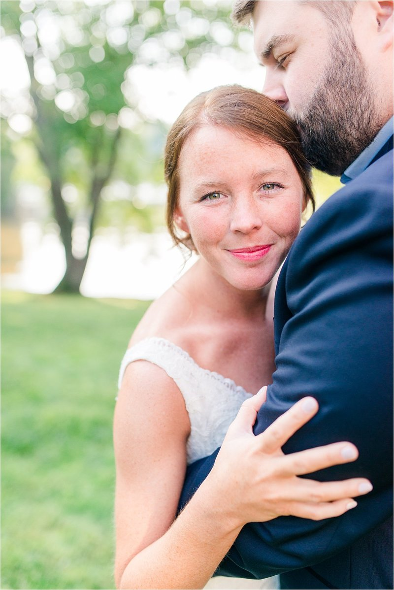Bride and Groom portrait at Knoxville wedding venue Sun Dance Farms