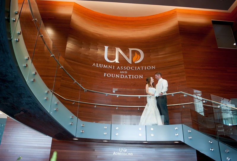 UND Alumni Center Grand Forks Wedding Venue Kris Kandel Photographer (7)