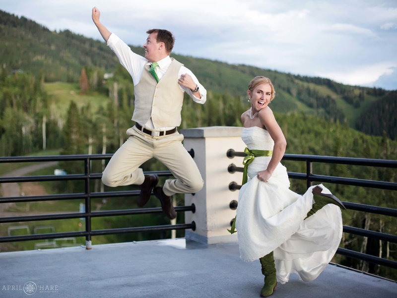 Happy Couple used the Best Wedding Planner in Steamboat Springs Colorado
