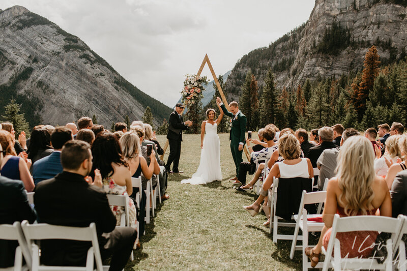 Tunnel Mountain Meadow Banff Elopement240