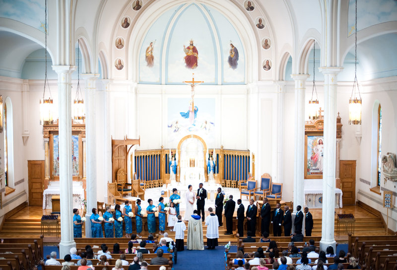 St Mary's Cathedral Fargo weddings by Kris Kandel (4)