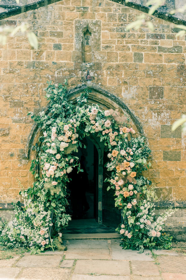 Cotswold Marquee Wedding Inspiration Gyan Gurung-7