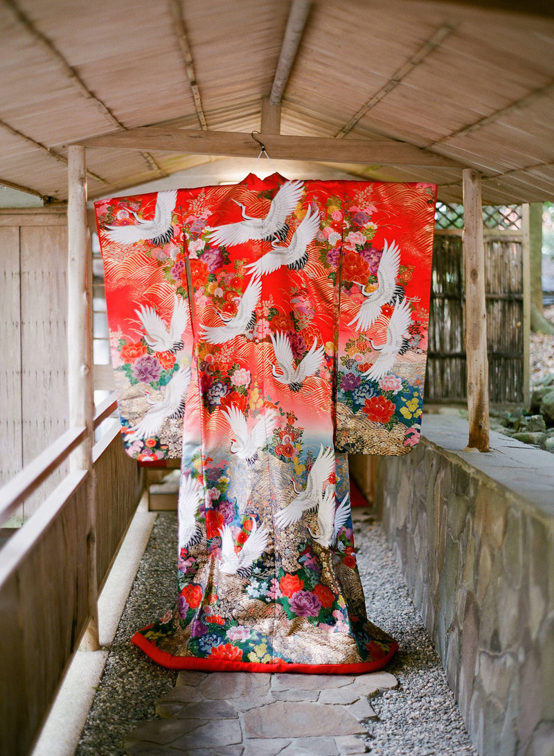 6-KTMerry-weddings-bridal-japanese-kimono